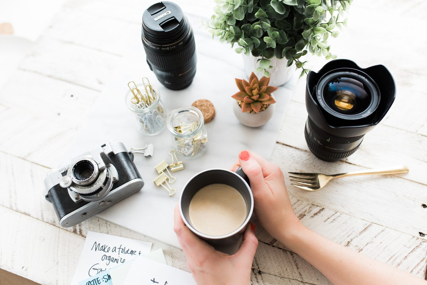 Gift Guide For Photography Lovers Under £30| Blogmas Day 11