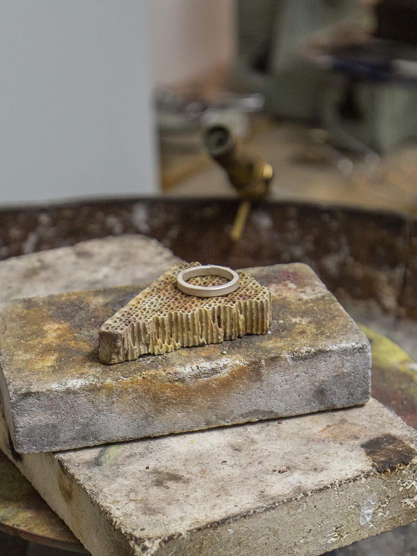 Learn-To-Make-Jewellery.jpg